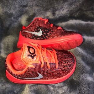 Toddler Nike Kevin Durant sneakers